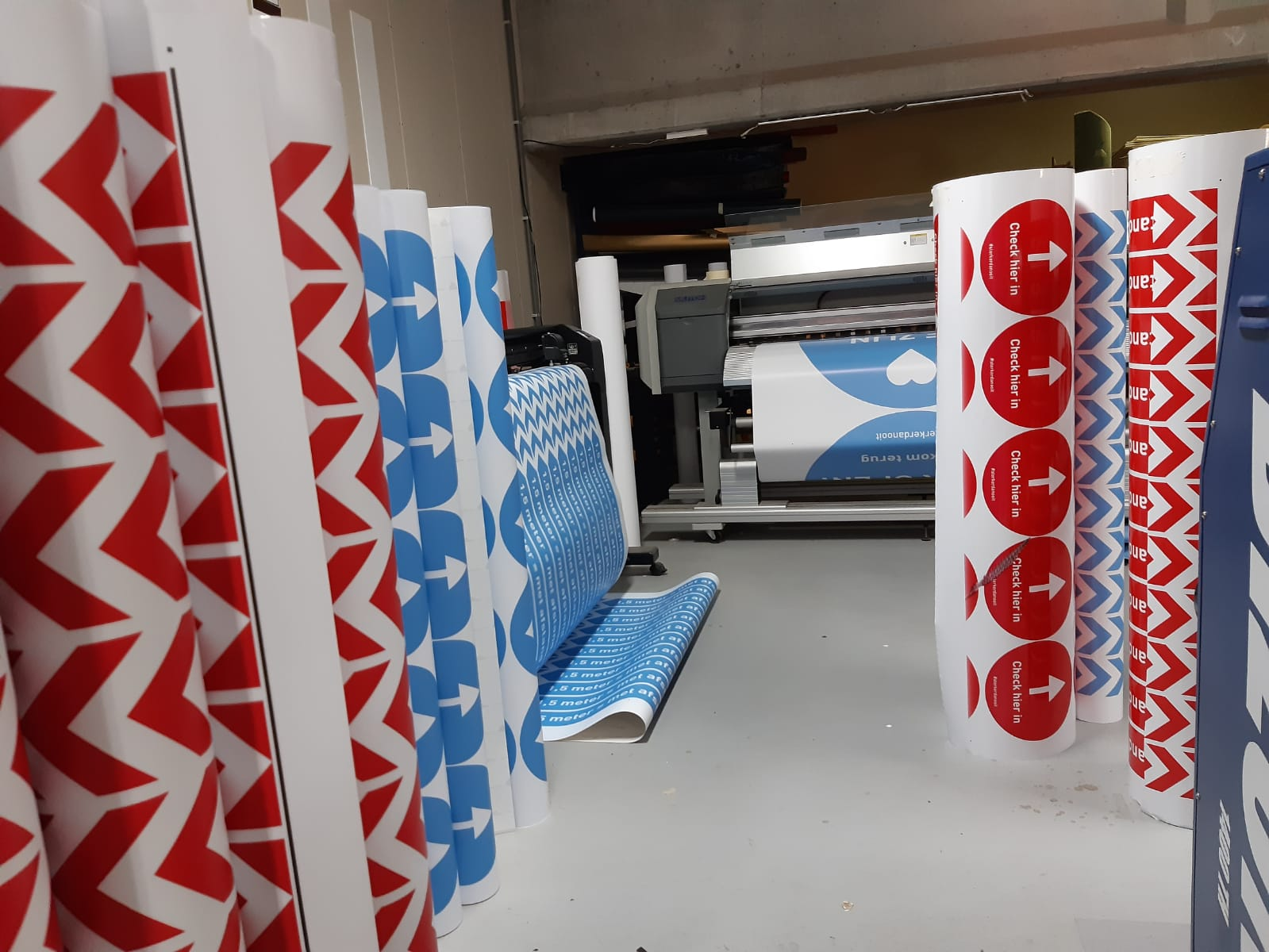 Print & Montage